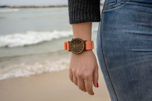wooden-watches-1487294_960_720